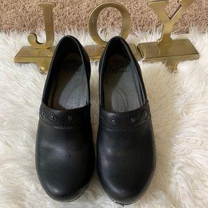 Dansko Black Leather Riki Comfort Heeled Clog